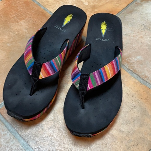 Volatile size 8 slip on sandals soft foot bed.